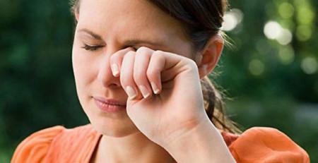 Почему горят щеки и уши и голова болит